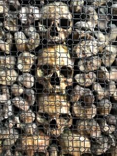 Skulls in San Bernardino alle Ossa